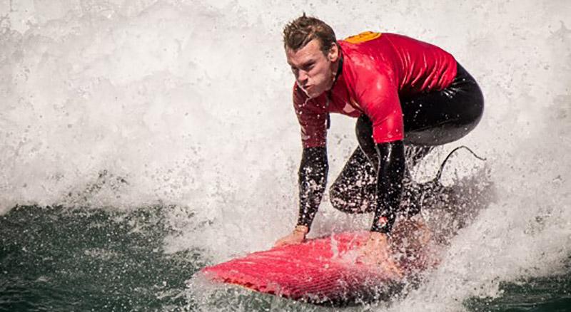 surfing lisbon