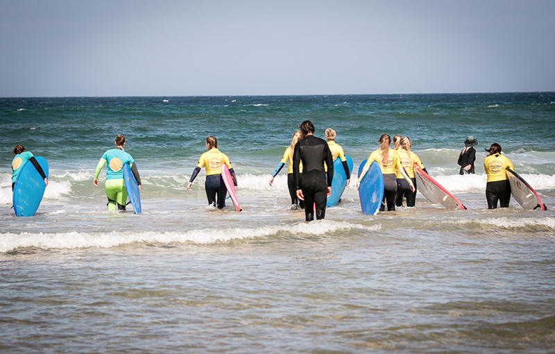 Best Team Building learn to surf portugal